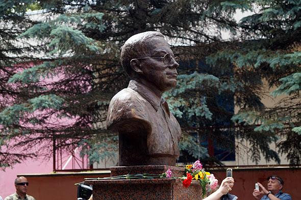 Бюст Н.Заболоцкого